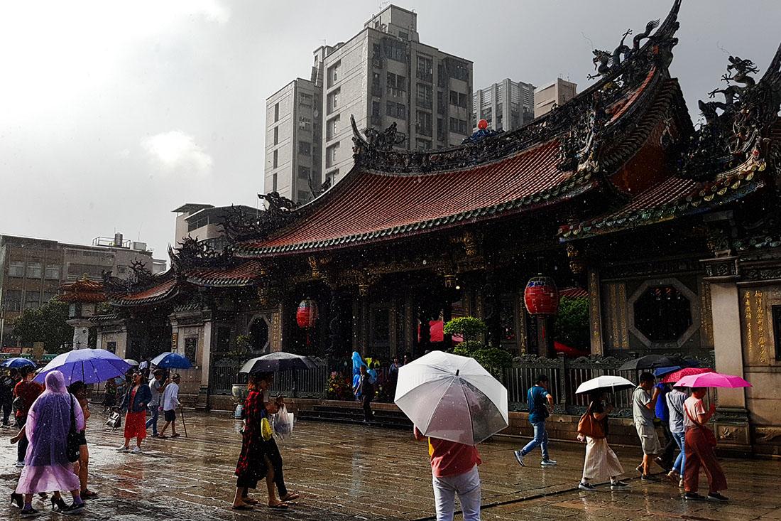 Regenwetter und Höllenhitze in Taipeh