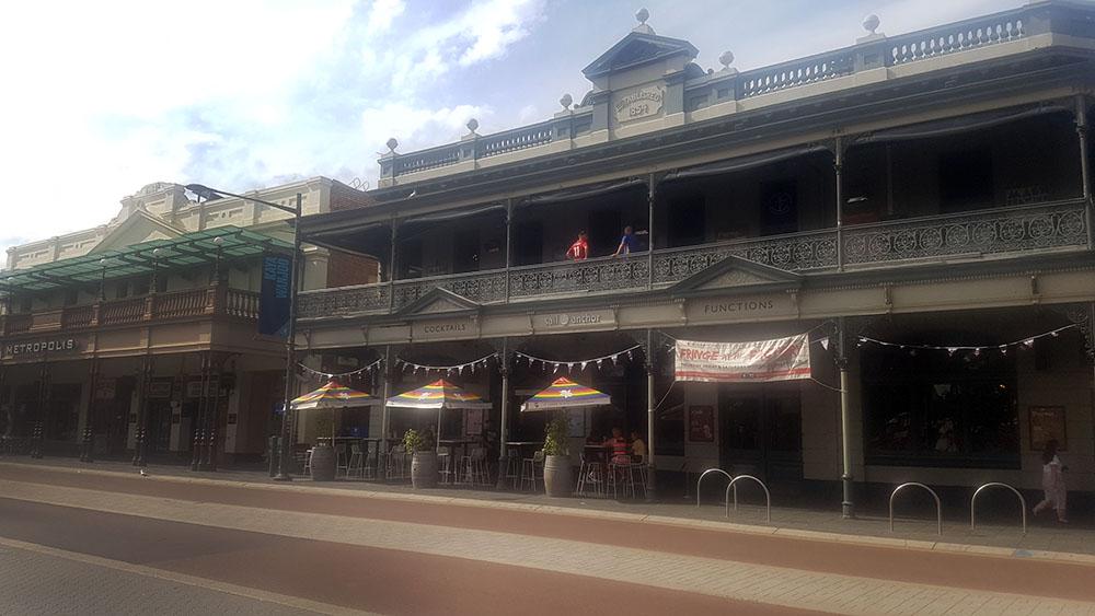 Fremantle 4
