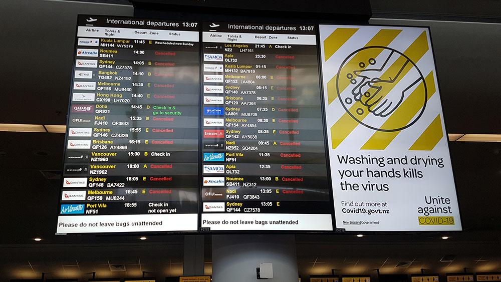 Leerer Flughafen 1