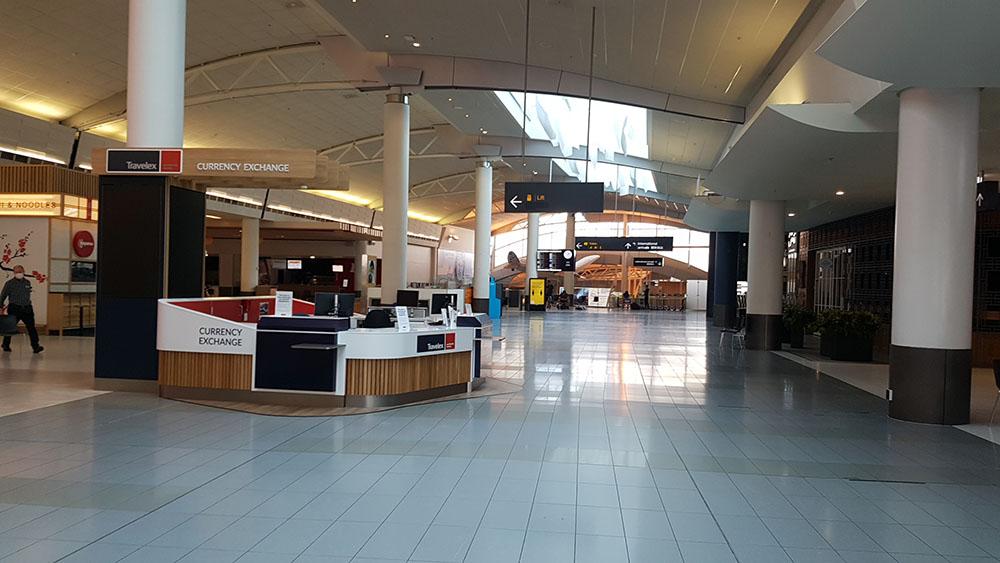 Leerer Flughafen 2